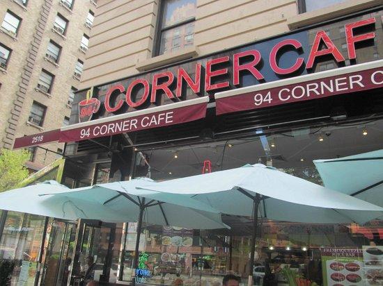 Corner cafe newton