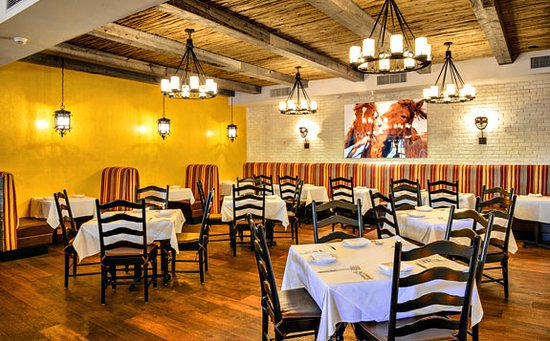 Chestnut hill restaurants ma